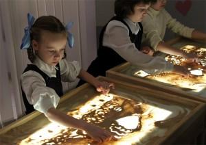 рисование Песком по стеклу